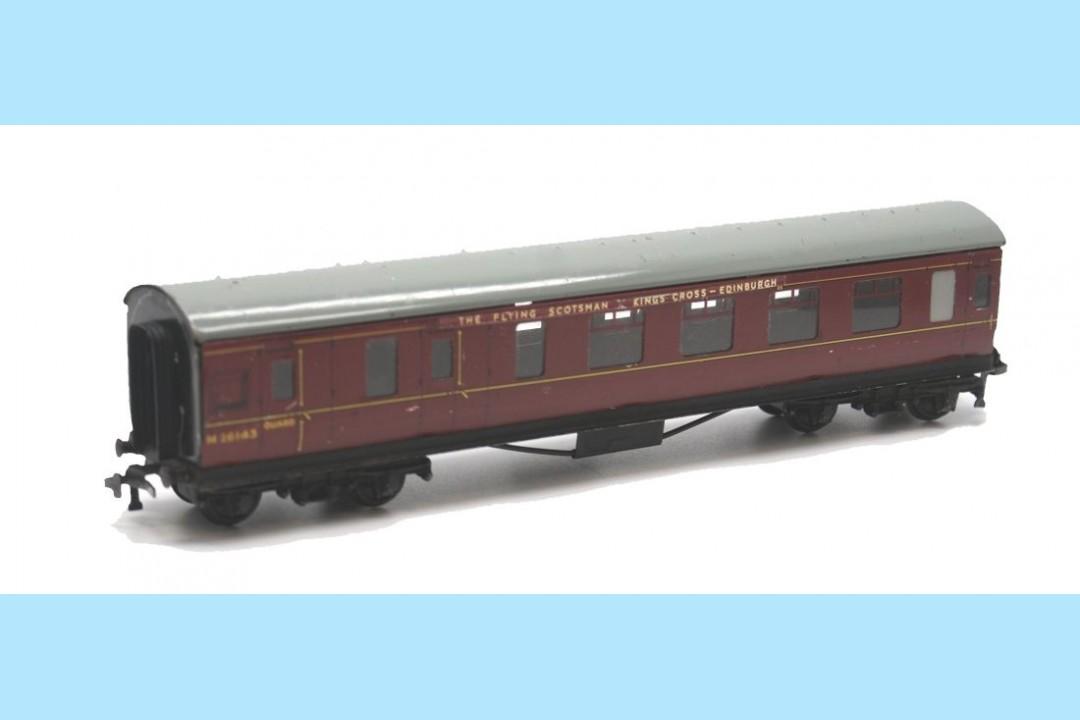 Hornby Dublo D22 4014 M26143 Corridor Coach Brake Amp 3rd