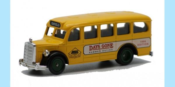 LLEDO: DG076 001 - 1951 MERCEDES 'D' TYPE MOTOR COACH - MINT -  BOXED