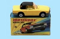 MATCHBOX SUPERFAST: 06E MERCEDES 350SL - YELLOW/BLACK - BOX  I2 - MINT