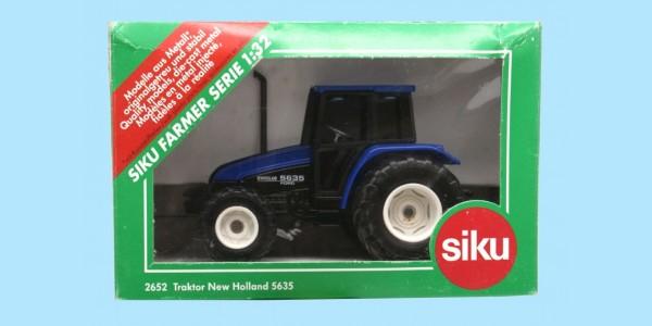 SIKU: 2652 FORD NEW HOLLAND 5635 - MINT - NEW
