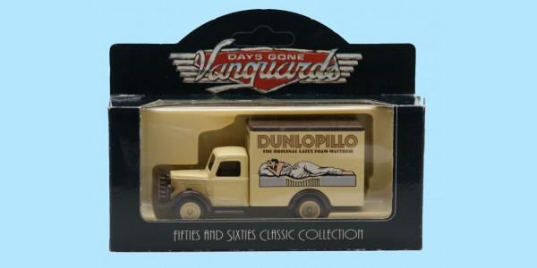 VANGUARDS: VA59002 - 1950 BEDFORD 30 CWT - 'DUNLOPILLO' - MINT - BOXED